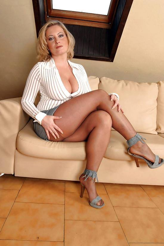 Free Mini Short Legs Belle Jambes Sex